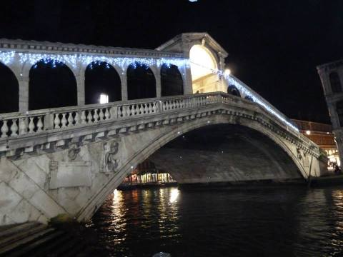 Rialto Bridge by night